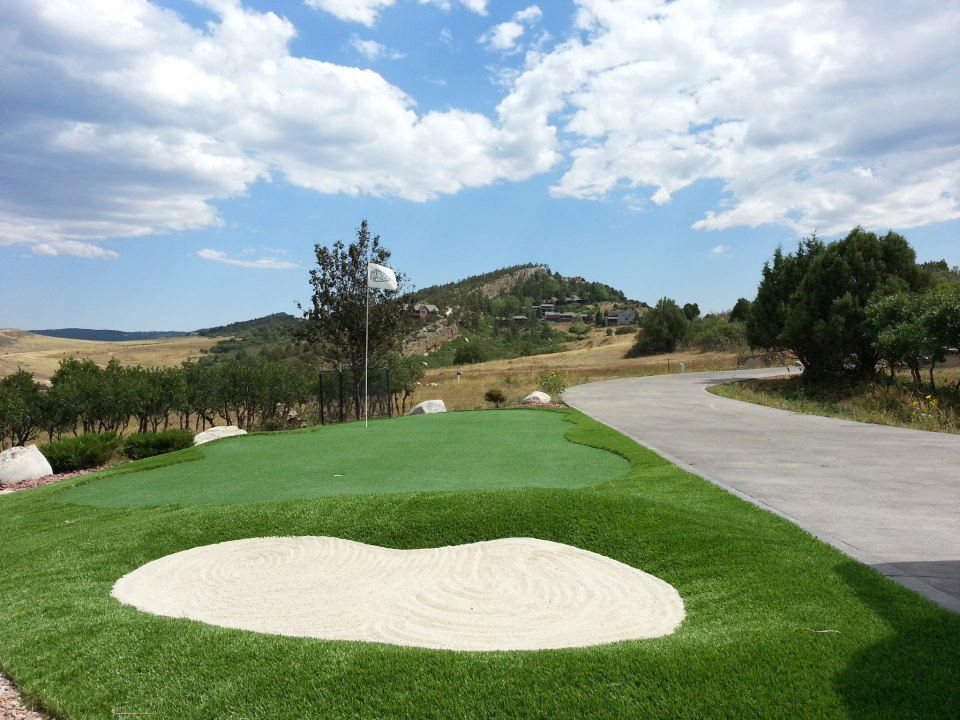 synthetic turf golf course