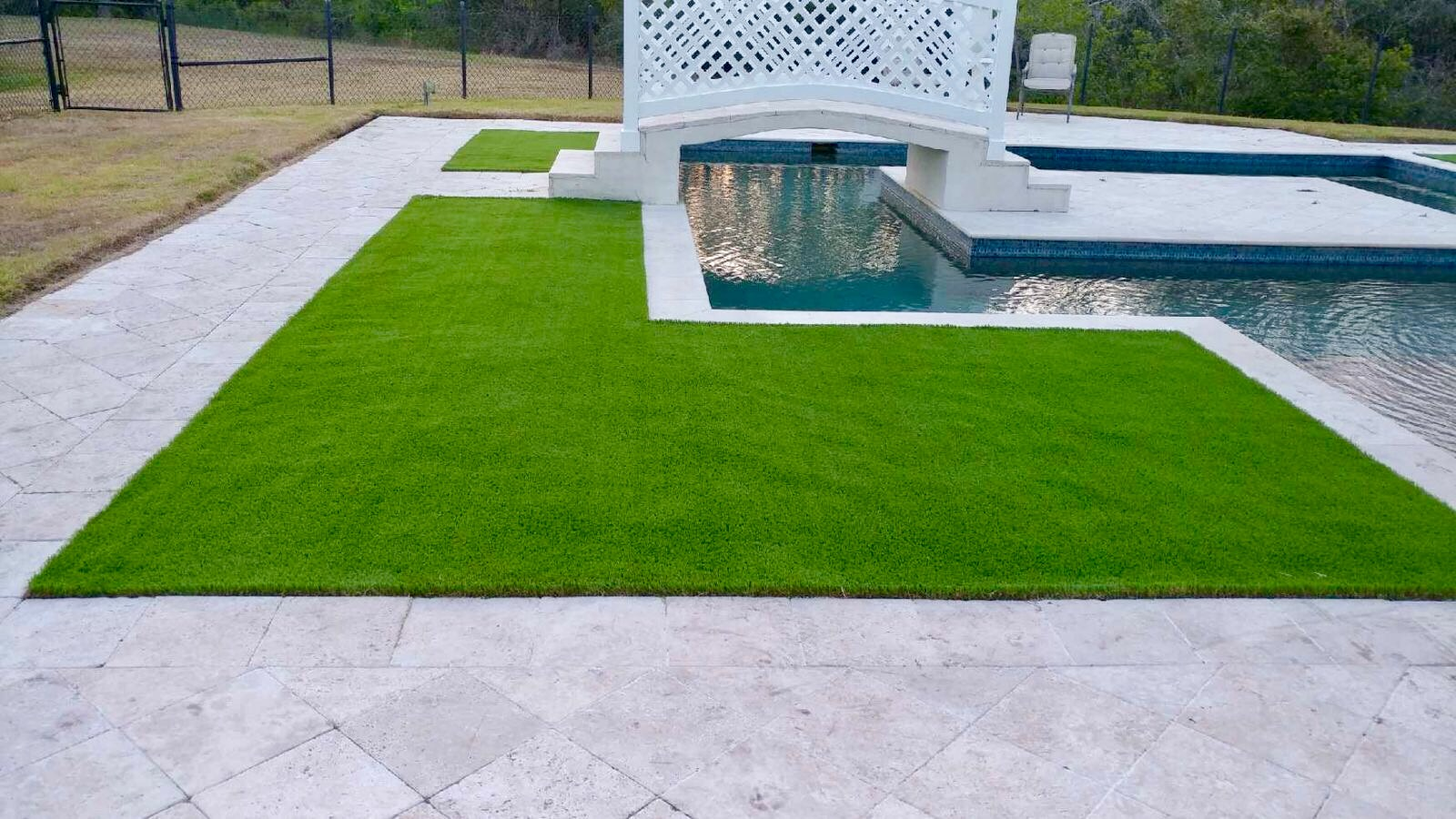 artificial turf 110