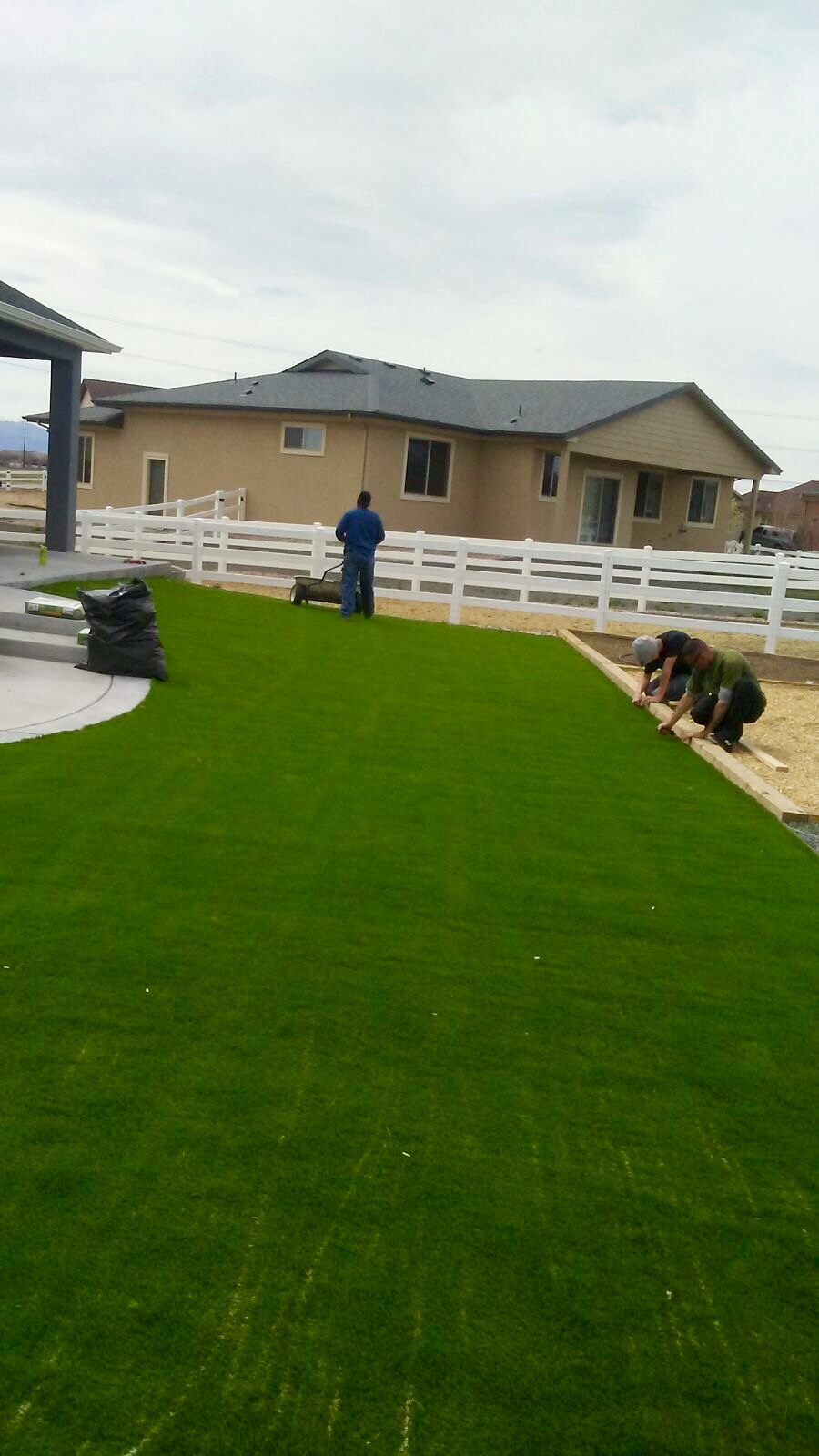 artificial turf 18