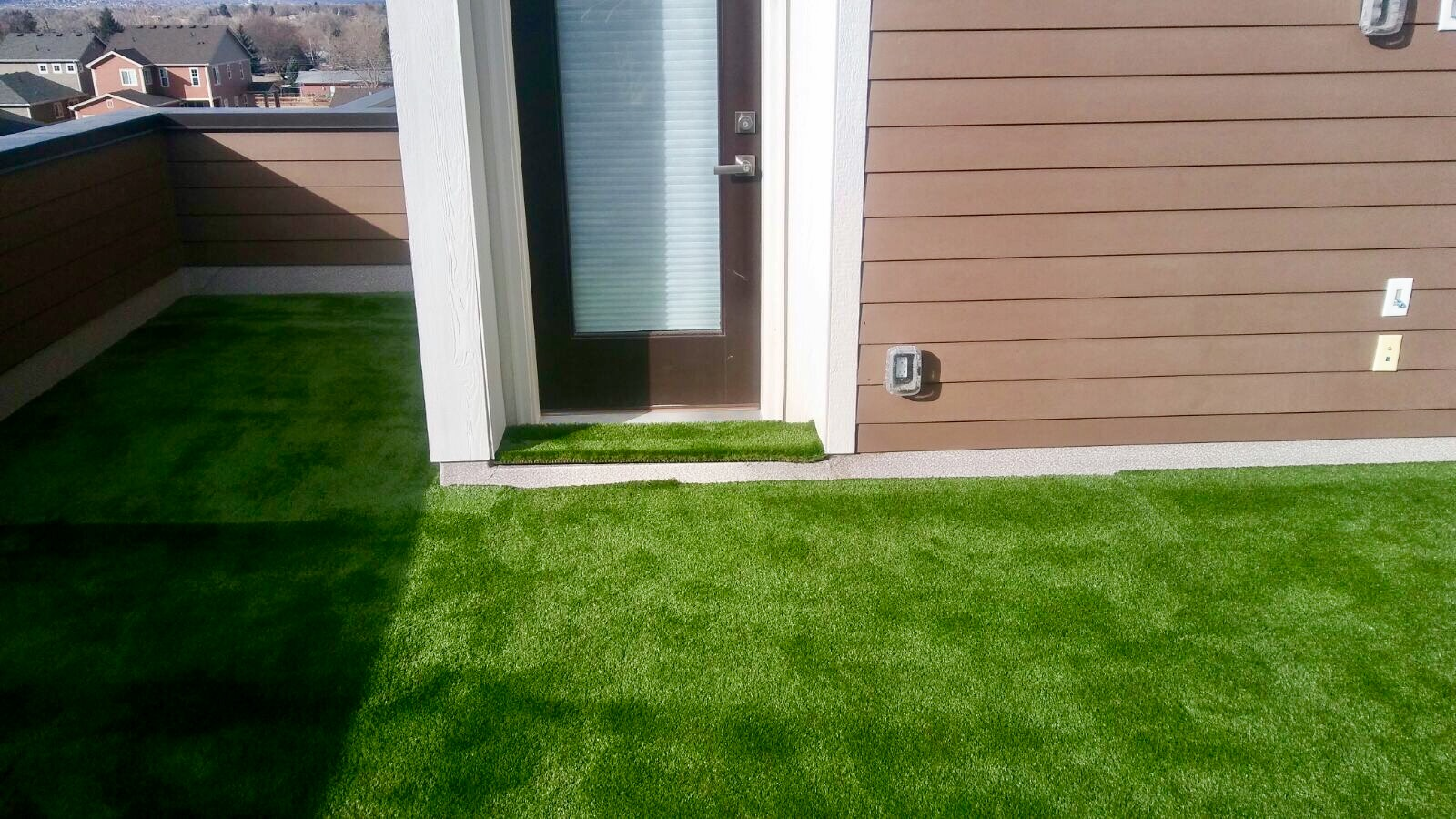 artificial turf 63