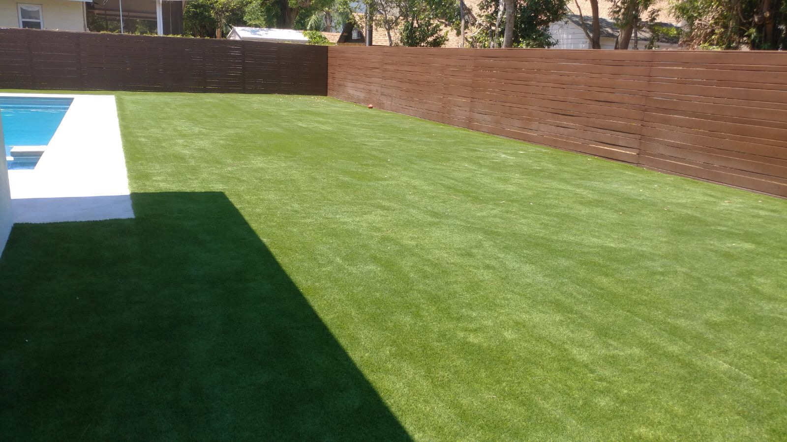 artificial turf 81