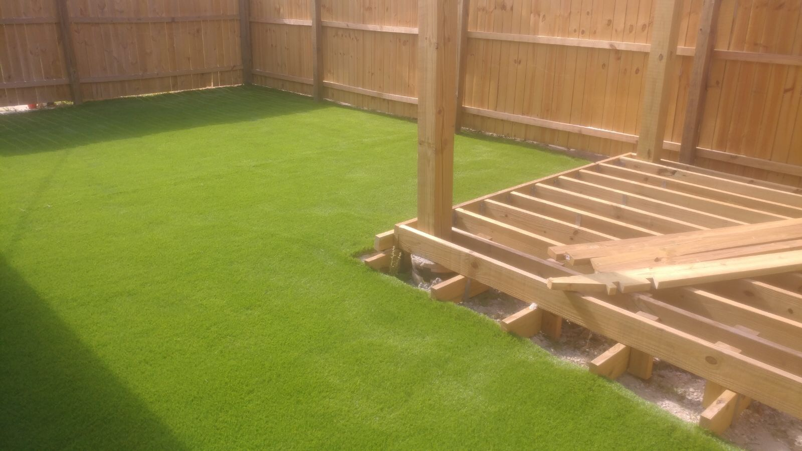 artificial turf 93